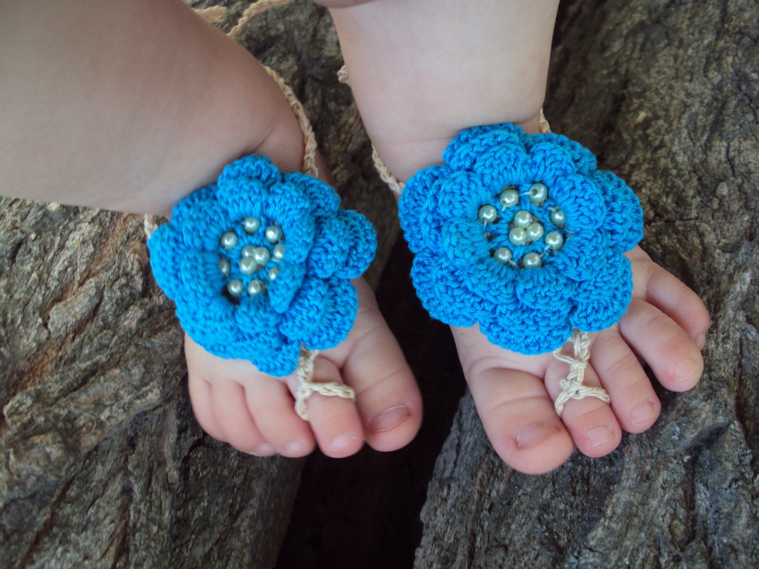 Free Crochet Patterns For Baby Boy Hat And Booties : Baby Barefoot Sandals/ Crochet baby sandals Baby Flower