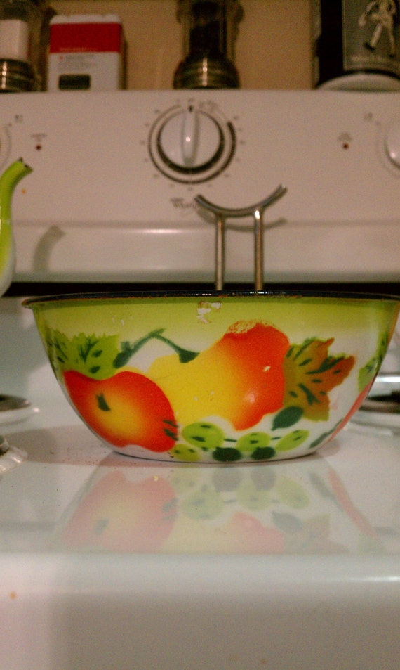 Enamelware Bowl with fruit design