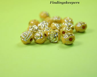 7 mm Beads, 32 Yellow Rose Beads,  pa054