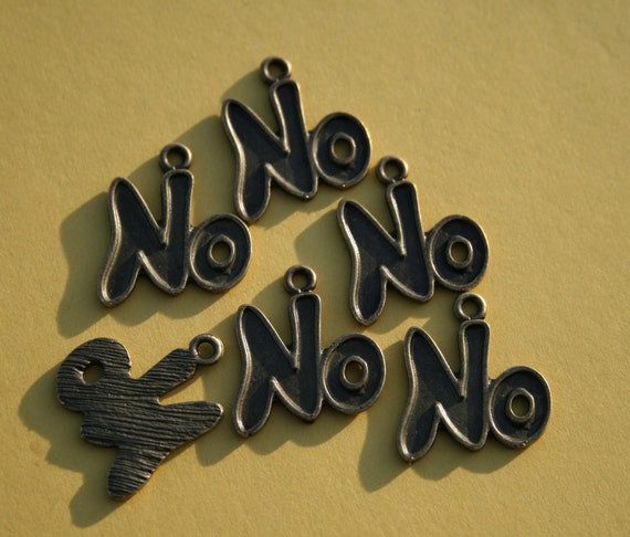 "Word ""NO"" Charms bzc024"