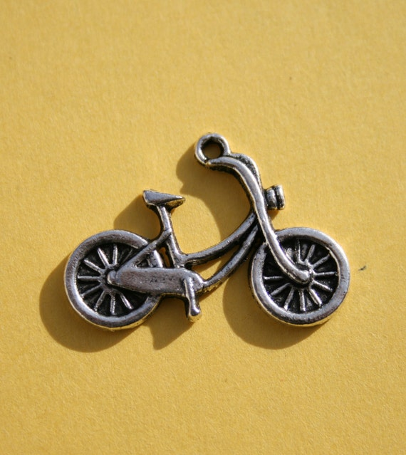 1 Bicycle Charm, Antique Silver 26 x 17 mm  U.S Seller - sc80