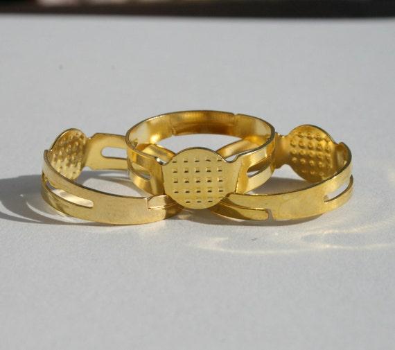 16  Adjustable Gold Ring Blanks, 10 mm Glue pad,  m012-3
