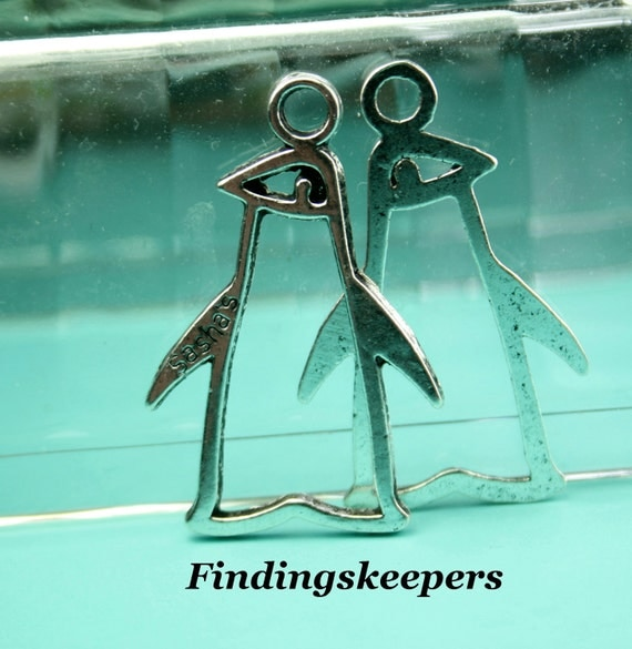 Penguin Charm 4 Charms Antique Silver Tone 42 x 27 mm U.S Seller - ts869