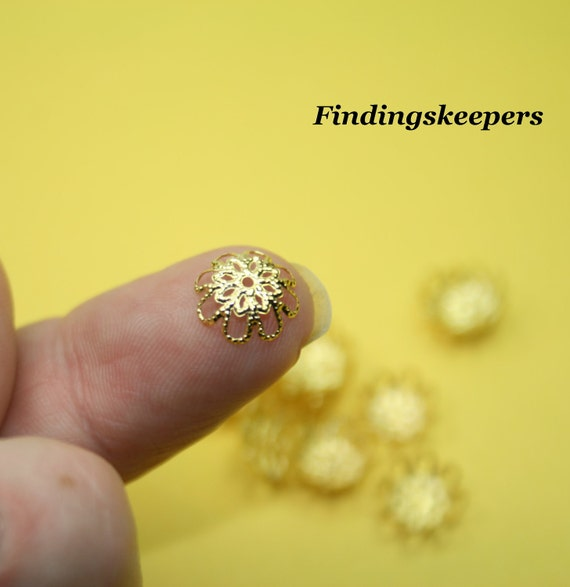 30 -9 mm Gold Plated Filigree Bead / End Caps bc049-1