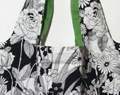 Flowergarden In Black & White - Marketbag
