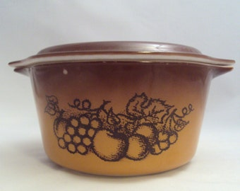 Corning Glass Orchard Covered Casserole Dish 1 Quart Golden Brown Fruit
