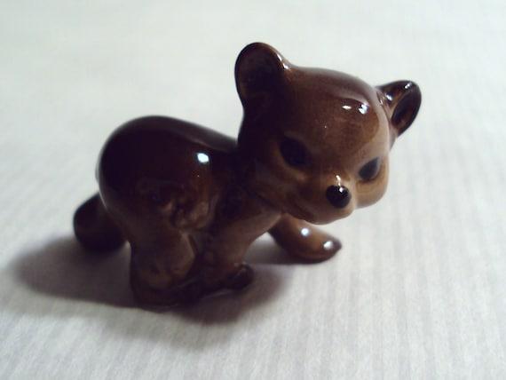 Vintage Hagen Renaker Small Brown Bear Cub Miniature Pottery Figurine