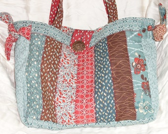 Quilted Floral Purse