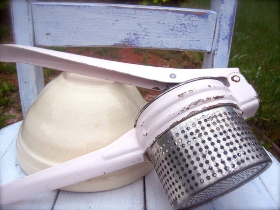 Vintage, Potato Ricer, Pale Pink, Shabby Chic Kitchen, Chippy Paint