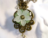 Green and White Flower Necklace