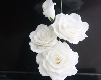3 white paper roses with 2 buds