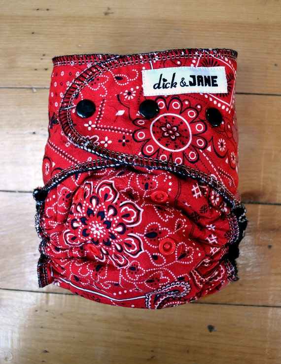 Red and black kerchief/bandana print diaper (fitted, one-size)