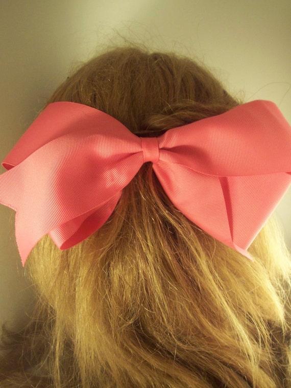 Vintage pink hair bow