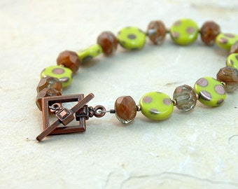 Lime green bracelet, Greenery color of the year jewelry, Summer fashion, polka dot jewelry, Copper toggle, Jewelry, Gift for her