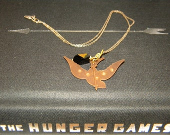 Plot Twist Necklace- The Hunger Games