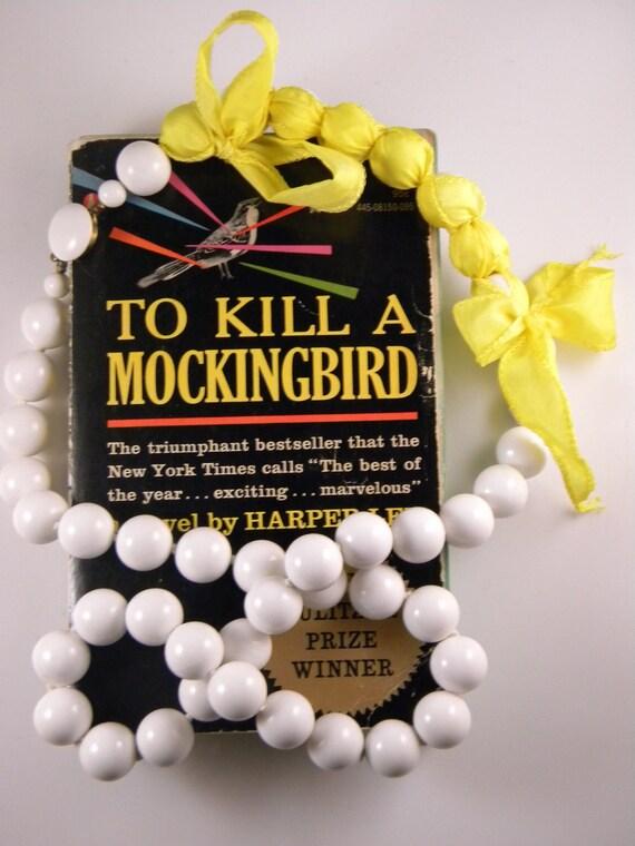 To Kill A Mockingbird - Plot Twist Necklace