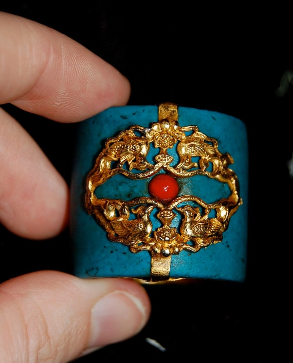 Turquoise Colored Ring Huge with Gold Color Interior Bird Motif