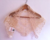 Vintage ivory Triangular Chapel Veil / Mantilla - Vintage Wedding