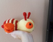 Crochet Bee, Baby toy, crochet beby toy, Crocheted Wool  baby toy Bee  FREE SHIPPING