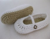 Easter Baby Girl Shoes / Slippers / Booties White & Light Brown Crochet - YOUR choice size newborn - 12 months - photo prop - clothing