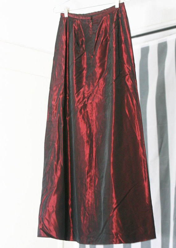 s a l e / / / Shiny Crimson Red and Black Shimmery Iridescent Long 90s Skirt / / / s a l e
