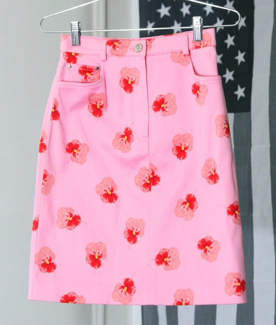 Bubblegum Pink High-Waisted Skirt with Red Floral Pansies Print