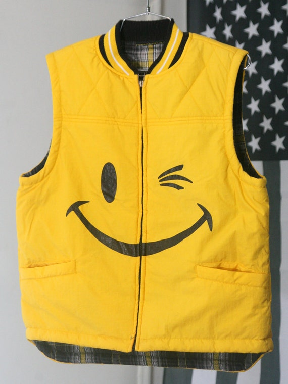 s a l e / / / RAD Yellow 90s Winking Smiley Face Flannel-Lined Puffy Quilted Zip-Up Vest / / / s a l e