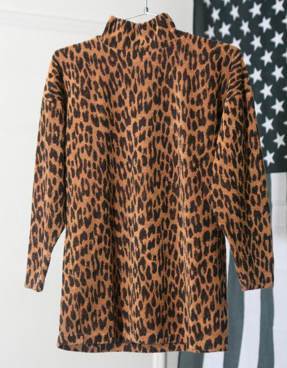s a l e / / / Fuzzy Stretchy Terrycloth Leopard Print 80s/90s Shirt / / / s a l e