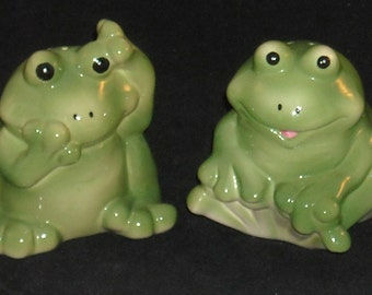 FrogGIE Salt and Pepper Shakers