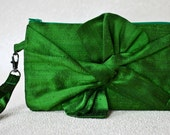 Silk Bow Wristlet in Green/Ready to Ship