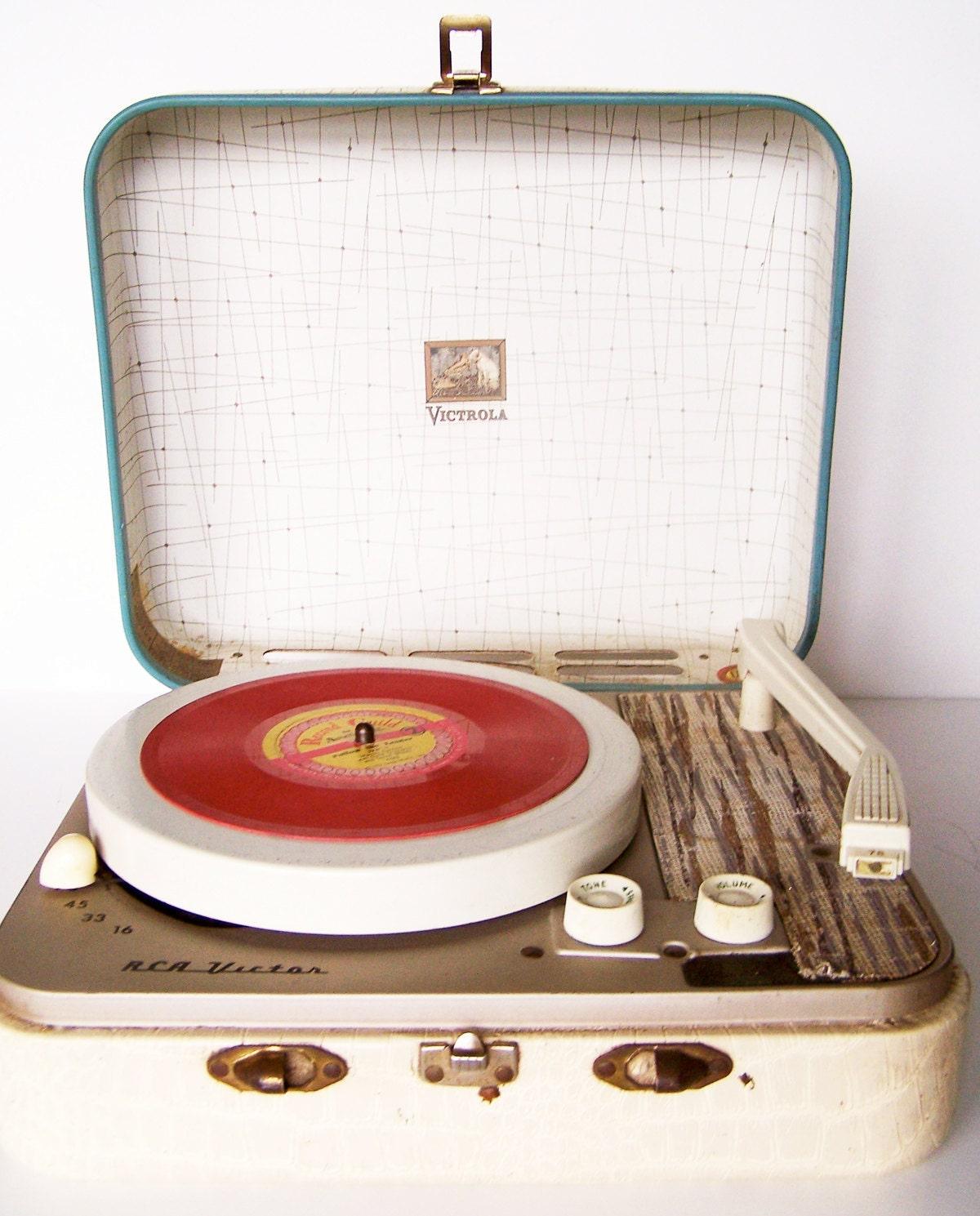 Vintage 1950s Rca Victrola Kid 39 S Portable Record Player