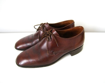 Vintage Mens Oxford Shoes in Brown Leather - Leather Brogues Made in England - Size 7