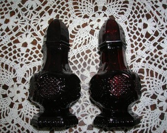 Avon Cape Cod Red Glass Salt and Pepper Shakers  circa 1970's    More in this shop combo prices