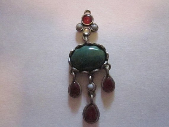 Dangly Green and Red Stoned Pendant
