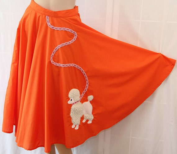 Vintage Poodle Skirt / Circle Skirt / Rockabilly / Costume / Sock Hop / 80s does 50s
