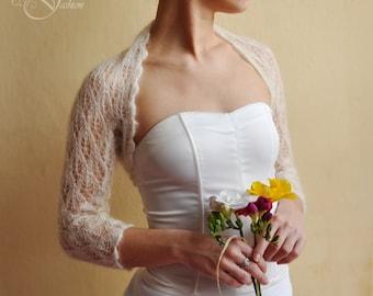 20% OFF!!! BRIDAL SHRUG wedding bolero light as a cloud color cream lace pattern leaf