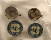 Wolverine metal set of 2 cups and 2 saucers from the 1940s, Blue and White with couple from holland and windmill decoration