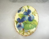 SPRING BLUE Violet Brooch 1950s Shabby French Country Chic Country French....by Mississippi Delta Treasures