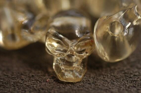 """Transparent Yellow Plastic Skull parts 0.39""""x0.78"""" 25 pcs"""