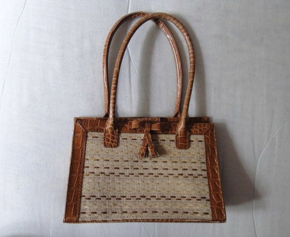 Vintage Brown Alligator Weave Handbag / Purse