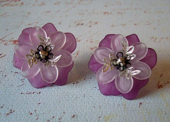 Afternoon Delight - Lavender and White Floral Earrings