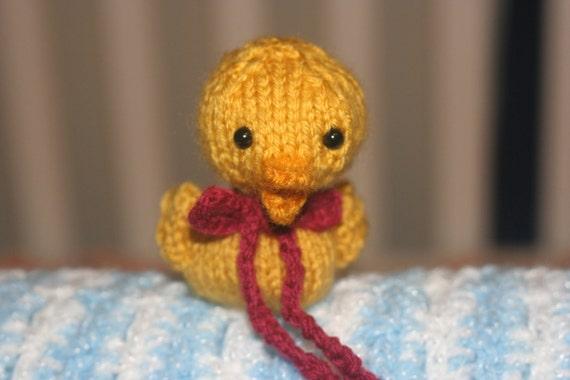 Knitted Yellow duckling - Amigurumi Animal - Little ducky - duckling Doll Toy - Yellow duckling with red bow