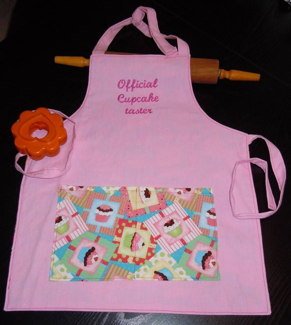 Girls Ages 2 to 9 REVERSIBLE Embroidered Apron -Official Cupcake Taster