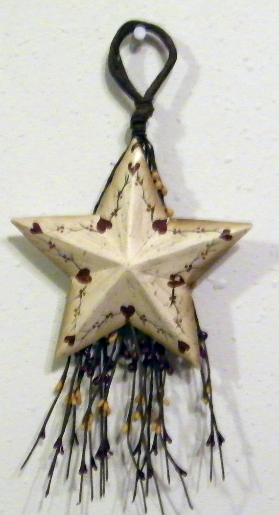 Vintage Star Wall Decor : Retro primitive vintage berry swag metal star hearts sign