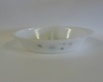 Milk Glass Divided Baking Serving Dish, Christmas Holiday Opal White Oval Serving Tray, Retro Kitchenware