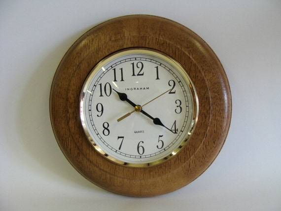 Ingraham Quartz Round Wall Clock Wooden Wall Clock Wall
