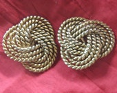 Vintage 80s Large Knot Gold Tone Clip-on Earrings