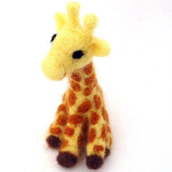 Needle felted giraffe (Cute wool felt baby giraffe)