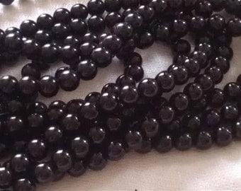 20 8mm Black Glass Pearl Beads