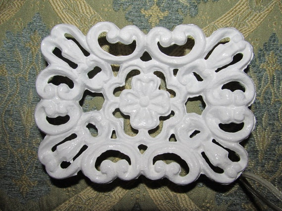 Shabby Chic Ornate Soap Dish Holder